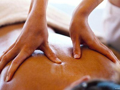 massage-1024x673